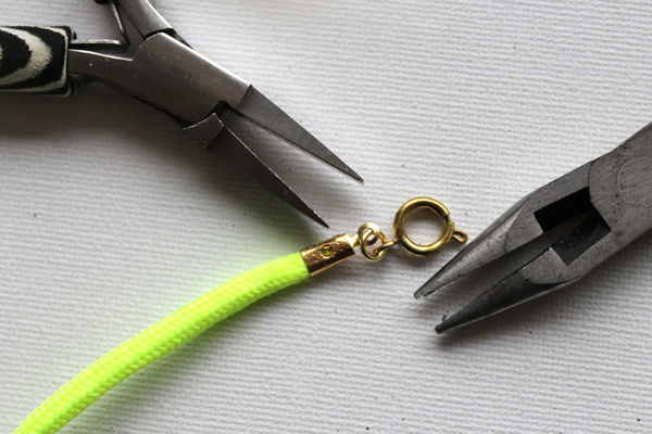 Neon-Rope-Necklace-Step11