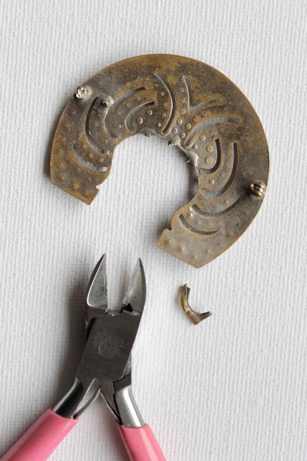 Vintage-Necklace-Step2