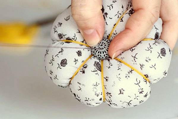 STEP9-ADD A BEAD-pin cushion