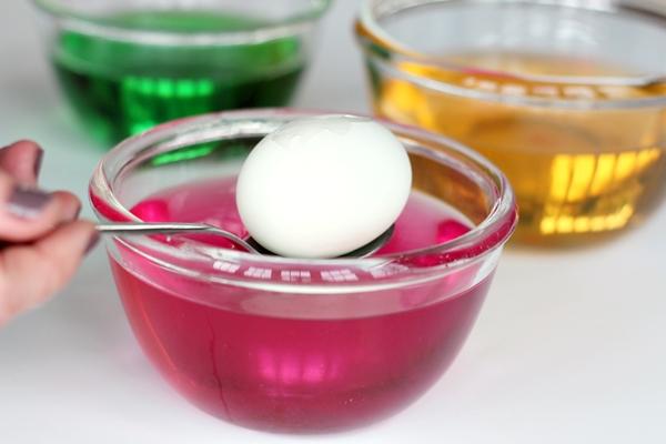 step8-dye egg