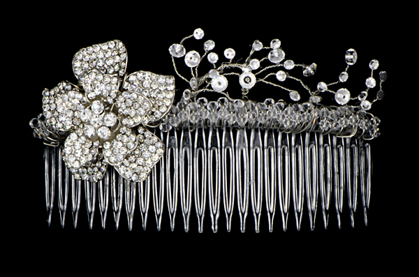 How to create a beautiful bridal hair comb beautiful bridal hair comb solutioingenieria Image collections