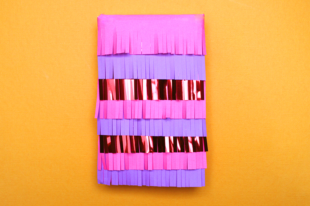 Piñata gift wrap idea