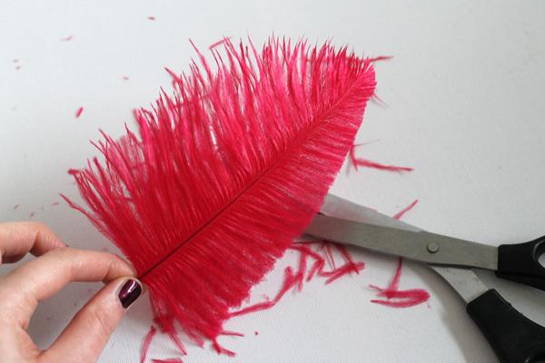 Как сделать перо из гофрированной бумаги для шляпы