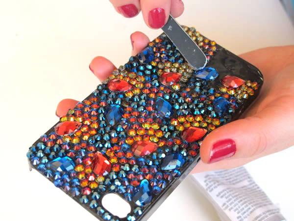 Украсить телефон своими руками
