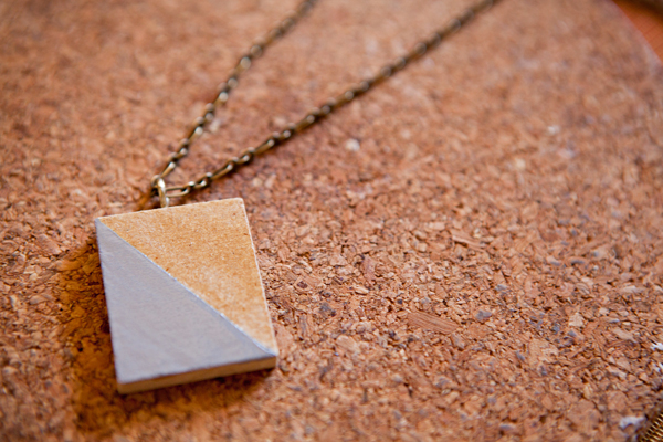 How to make a colour-block necklace via Crafttuts