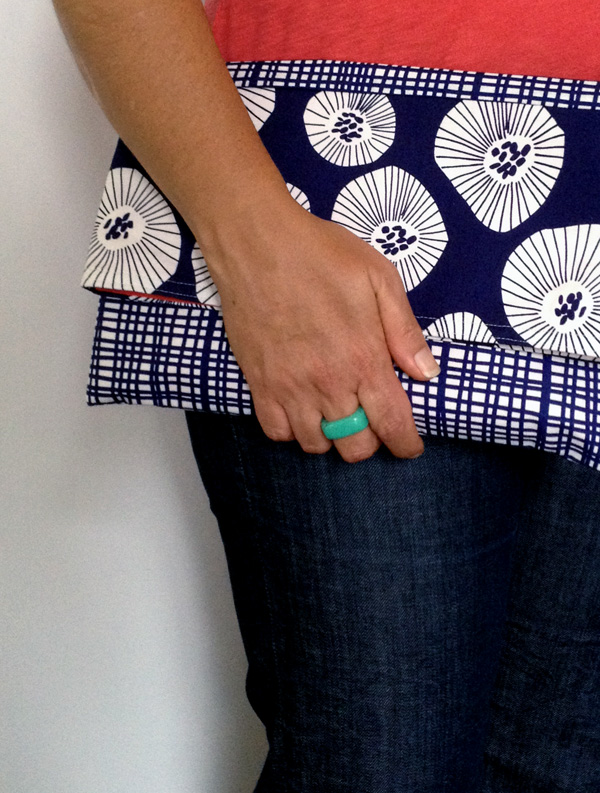 The Easiest Way to Make Your Own Gorgeous Envelope Clutch