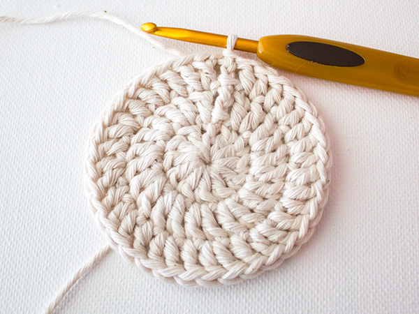 Make A Set Of Five Ombre Crocheted Coasters New Crochet Coaster Pattern