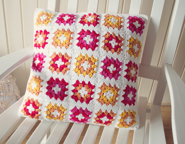 Crochet A Gorgeous Granny Square Cushion Cover Tuts
