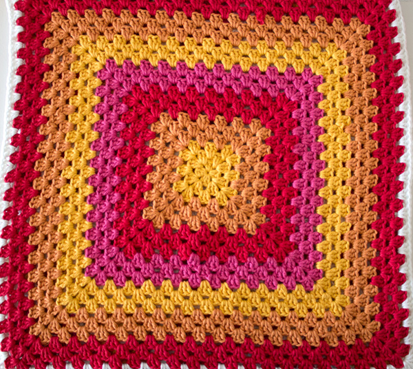 grannysquare_pillow-step25