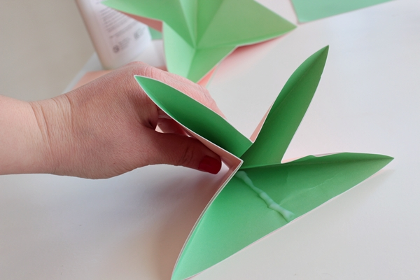 Make A Bouquet Of Beautiful Paper Flowers For Mothers Day