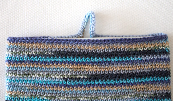 marinke-slump_crochet-tablet-sleeve_step12
