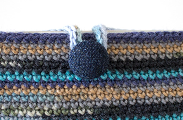 marinke-slump_crochet-tablet-sleeve_step14