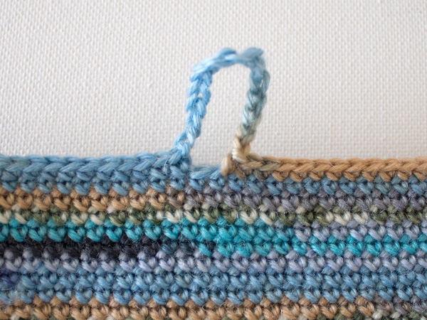 marinke-slump_crochet-tablet-sleeve_step8