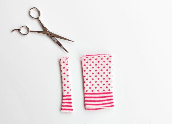 5-cut the sock-c-cat sleeve tutorial