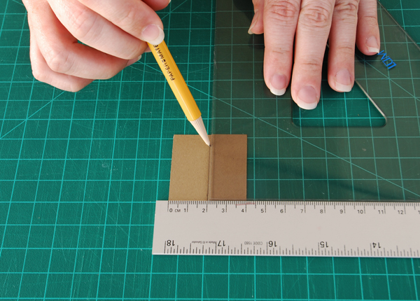 6-matchbook-notebook-mark-center-of-backing
