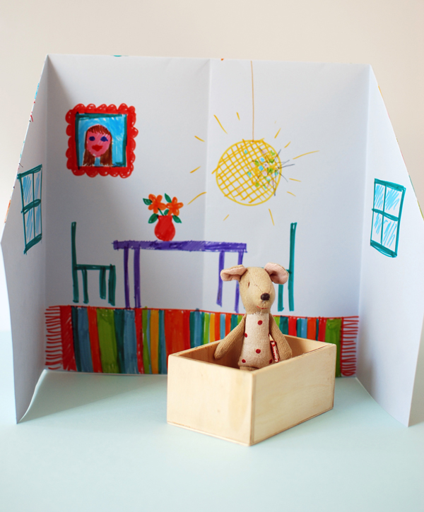 origami_dolls_house_inside