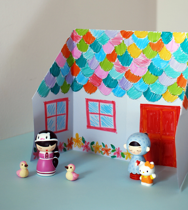 origami_dolls_house_outside
