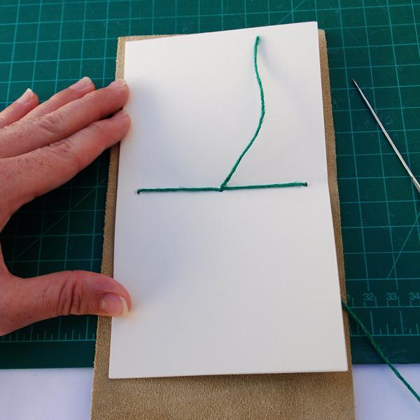 um nó simples com o rabo solto