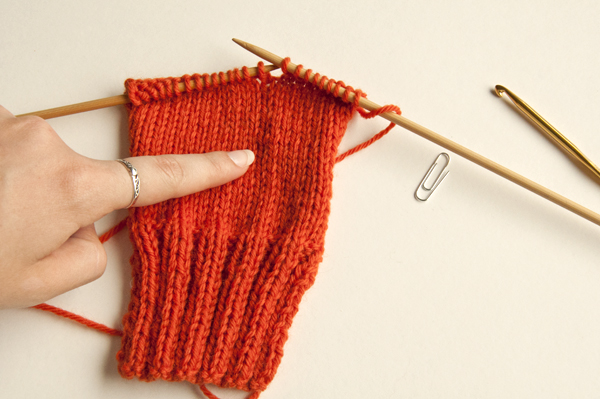 Knitting Dropped Stitch Help : Knitting Fundamentals: How to Fix Dropped Stitches