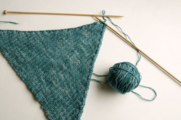knitting_kerchief_last6sts