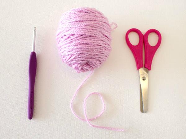 marinkeslump_crochetfundamentals_grannysquare-supplies