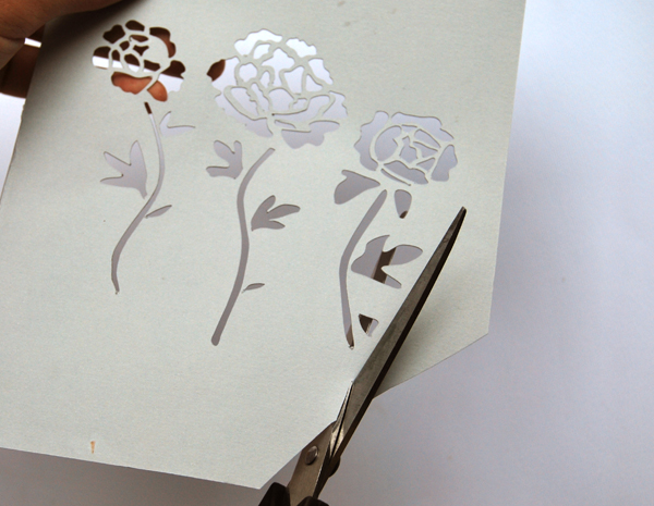 paper-cut-invitations-flowers-for-envelope