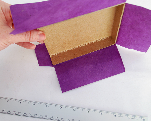 make a diagonal cut that is 02cm above the left corner