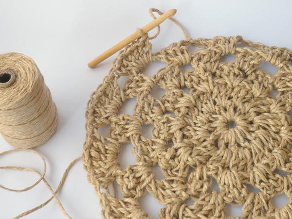 crochet-jute-wallhanging-21round7b