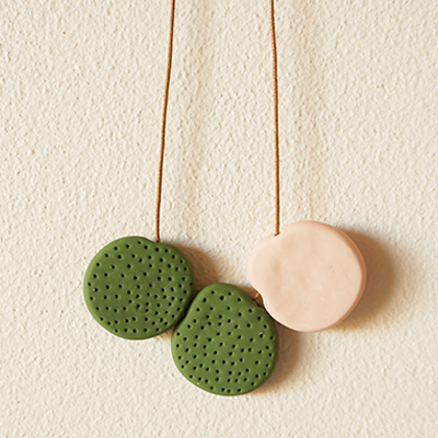 Dutotone necklace preview image 400