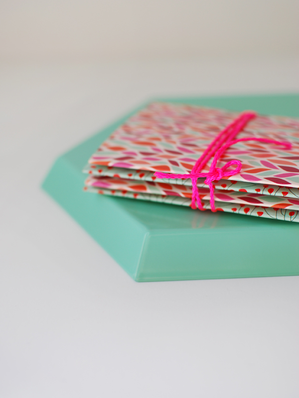 How to Make Beautiful Origami Cards From Tissue Boxes