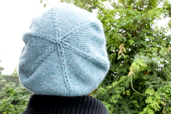 knitting_cableberet_finished3_sm