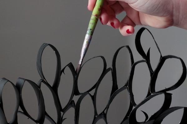 10-tpr lamp-paint details