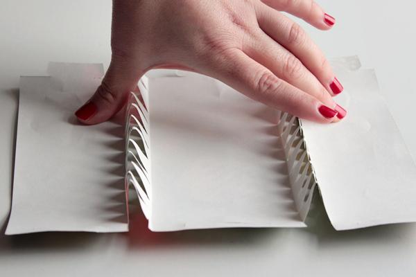 8-xmas crackers-fold