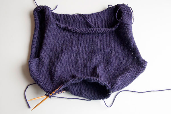 knitting-pullover-body_shaping