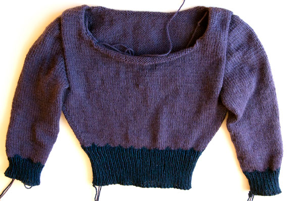 knitting-pullover-sleeve-second