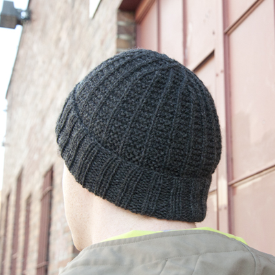 Knitting beanie cuffed final 400