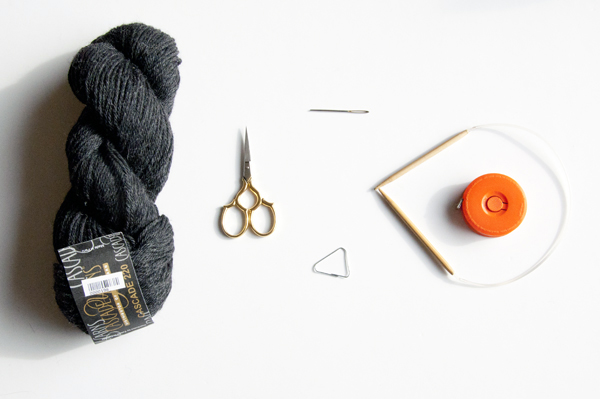 knitting_beanie_supplies