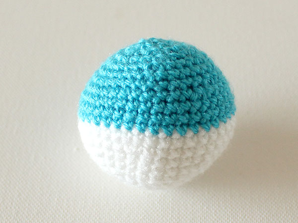 wink-crochet-christmas-ornaments-step34