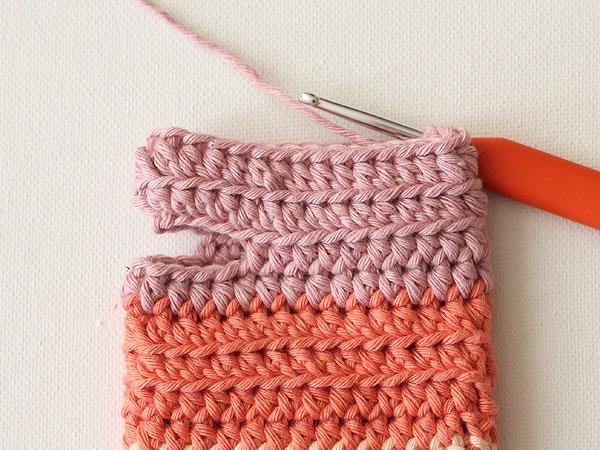 wink-pastel-wrist-warmers-step10