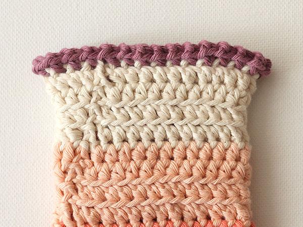 wink-pastel-wrist-warmers-step14