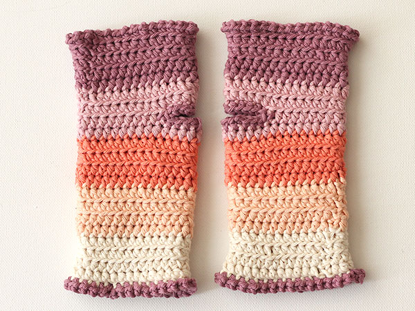 wink-pastel-wrist-warmers-step16