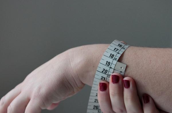 2-zodiac cuff-measure
