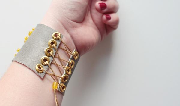 34-zodiac cuff-wear
