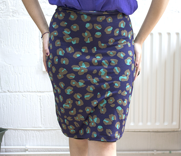Stretch Pencil Skirt Pattern and Tutorial