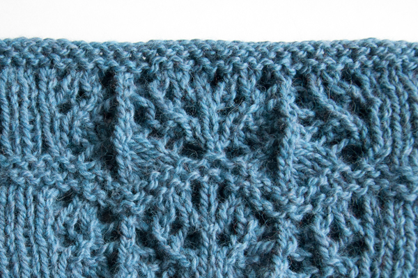 knitting_cowl_bo