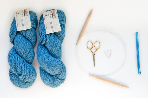 knitting_cowl_supplies