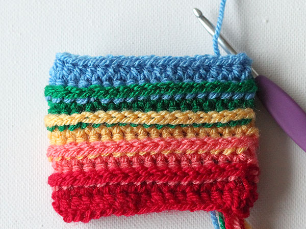 wink-rainbow-cup-cozy-step9