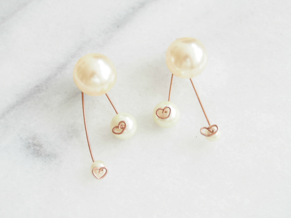 Heart-shaped-earrrings-Final-image-600