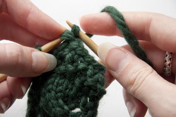 knitting_bracelet_bo