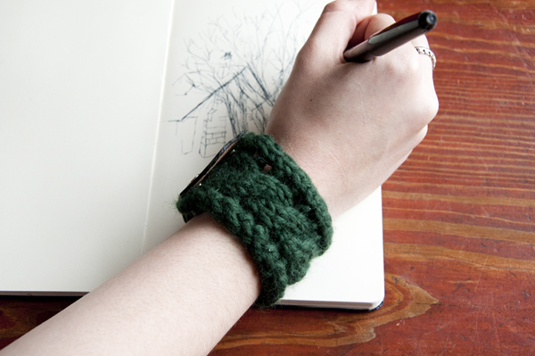 Knit Bracelet Pattern : How to Knit a Bracelet